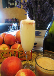 Lago peach bellini
